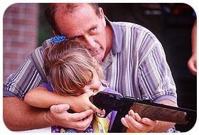 Kislány puskával